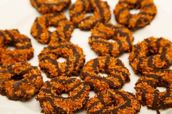 Homemade Samoas Recipe: Chocolate Coconut Girl Scout Cookies