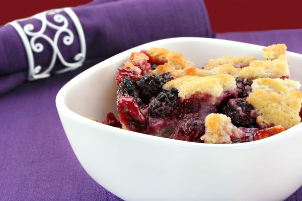 Casserole Dessert Recipe: Sweet Blackberry Cobbler
