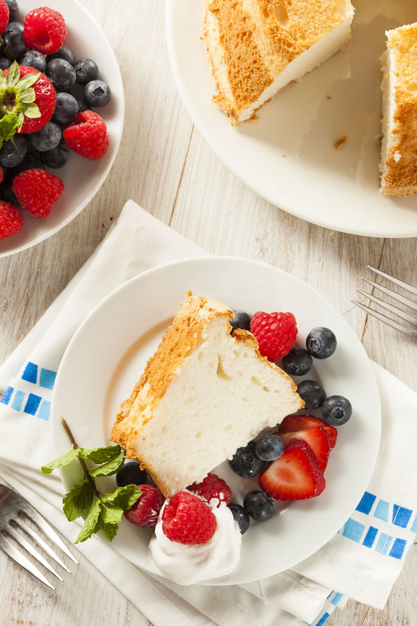 Dessert Recipe: Light and Airy Angel Food Cake with Berries