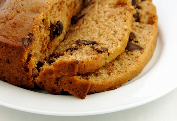 Easy Dessert Recipe: Chocolate Chip-Studded Zucchini Bread