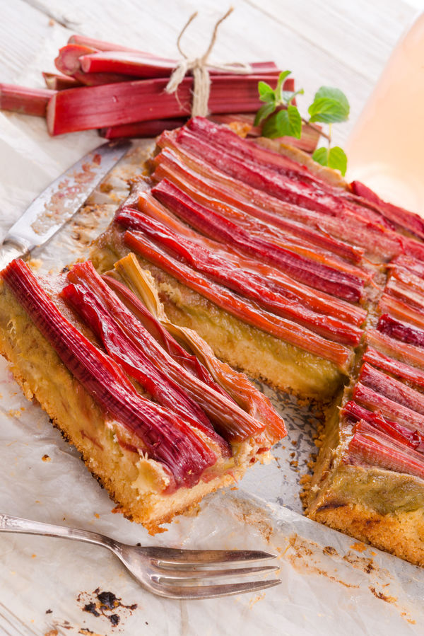 Dessert Recipe: Upside-Down Rhubarb Cake