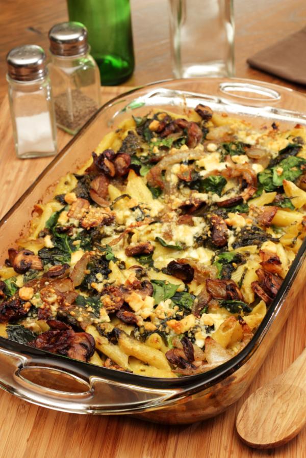 Casserole Recipe: Steakhouse Spinach  & Mushroom Mac N Cheese Bake