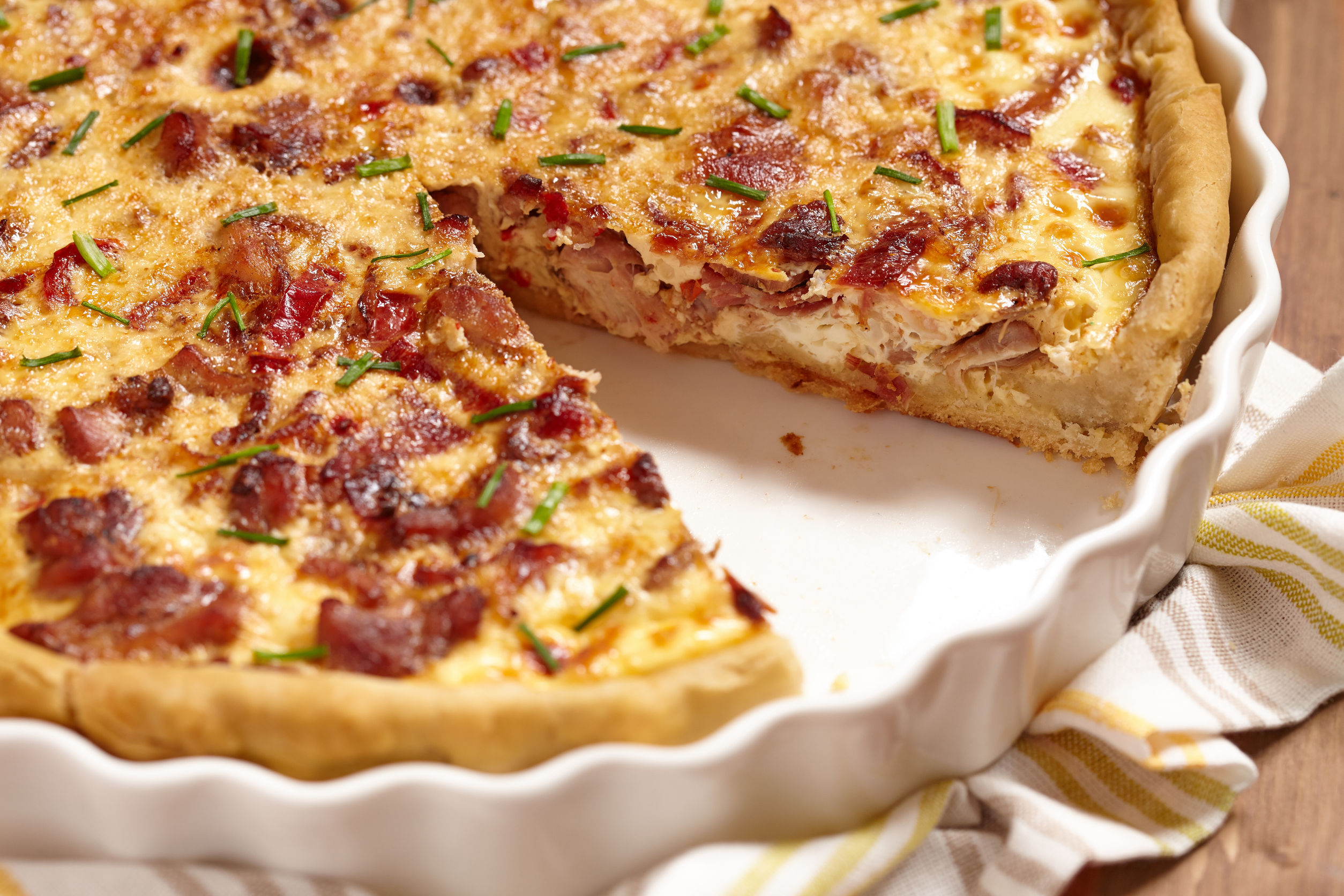 Savory Tart Recipe: Bacon, Chicken & Bell Pepper Quiche - 12 Tomatoes