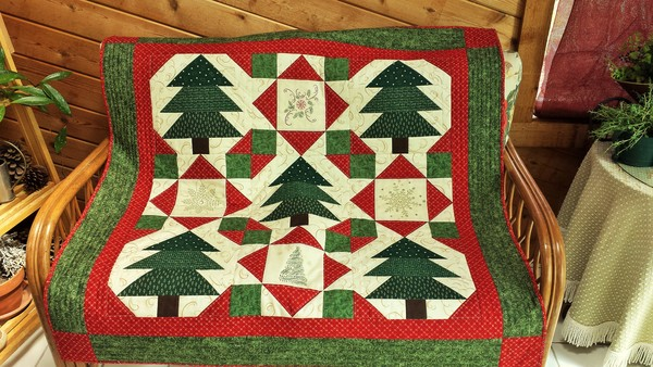 Featured Quilts: Holiday Edition Part I