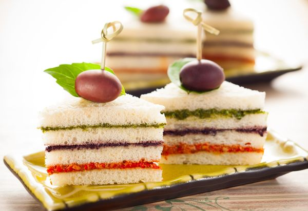 Appetizer Recipe: Tri-Colored Pesto Tea Sandwiches