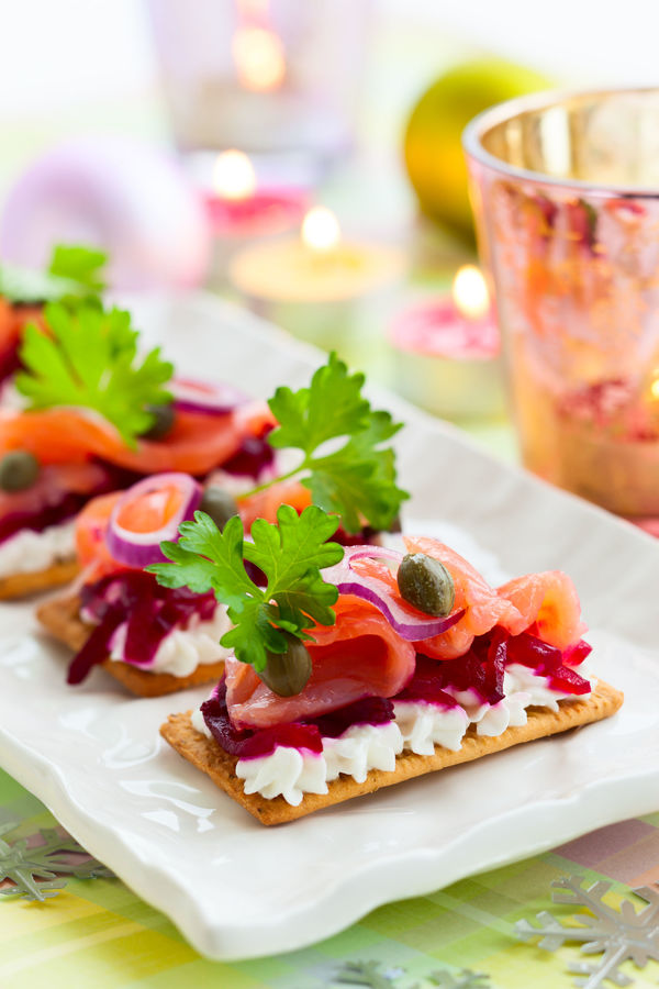Elegant Hors d'Oeuvres Recipe: Smoked Salmon & Beet Crackers