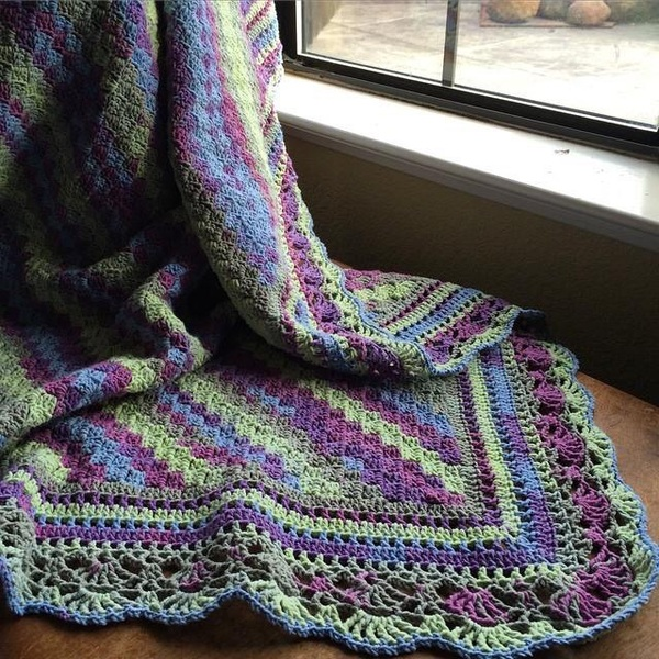 5 beautiful patterns perfect for spring starting chain from kim stewart jackson i created this edge for my corner to corner afghan the pattern is online at gofundmekdlmz8 im working on creating dt1010fo