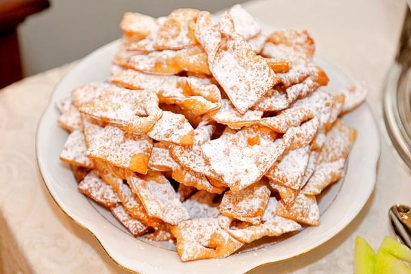 Fried Fantasy: Carnival-Worthy Angel Wings