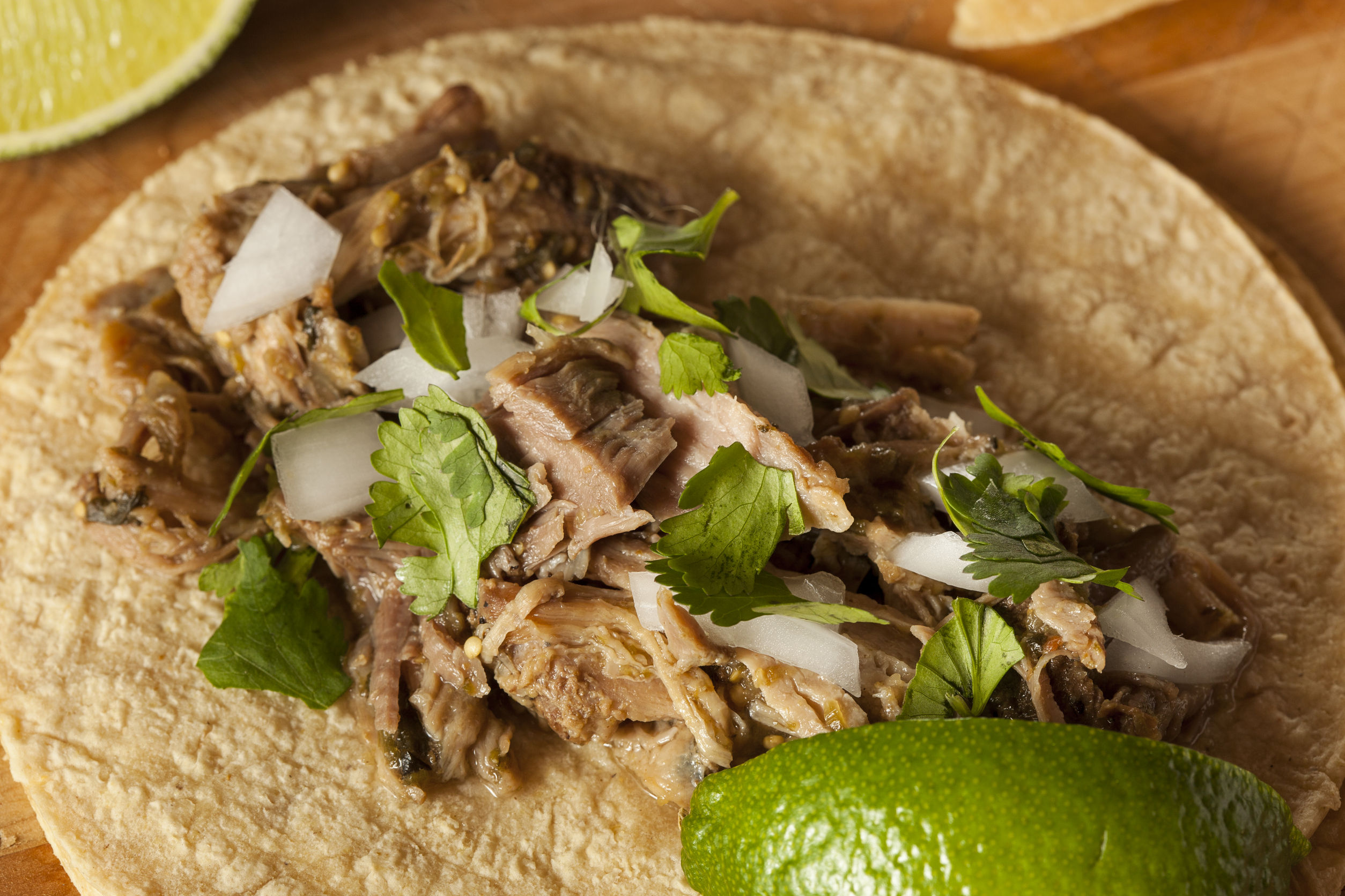 Yummy Mexican Recipe: Slow Cooker Pork Carnitas Tacos - 12 Tomatoes