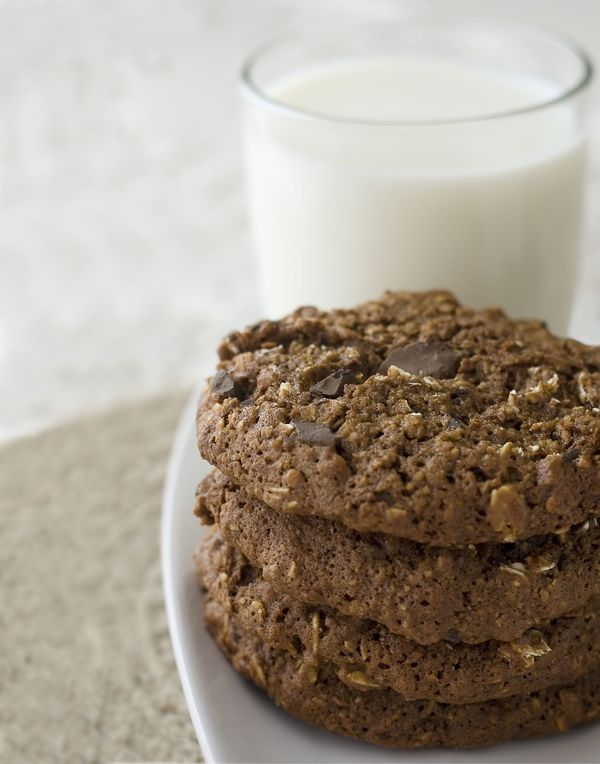 Chocoholic Fix: Double Chocolate Oatmeal Cookies