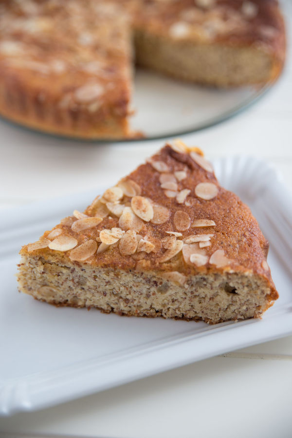 Deliciously Moist Honey Almond Cake