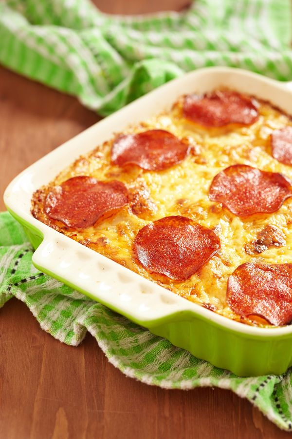 It's Crazy, But This Pizza Casserole Tastes Just Like Our Favorite Pies!!