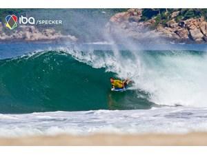Joe_clarke_round3_img_5768_iba_mexico_2011_specker