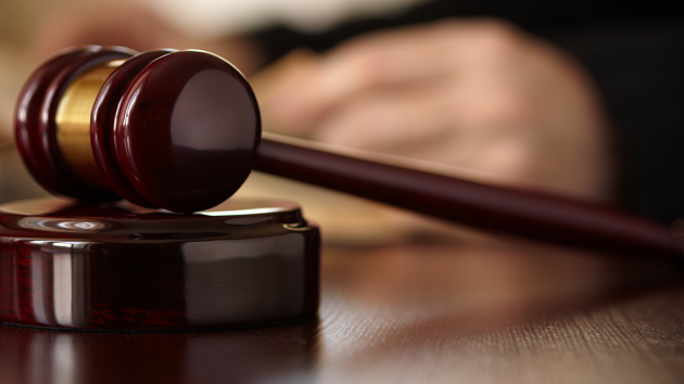 Two disbarred attorneys outside Texas sue abortion doctor under SB8