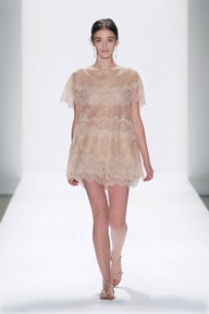 #8 CHANTILLY LACE CAPELET SLEEVE TRAPEZE BLOUSE AND CHANTILLY LACE SHORTS