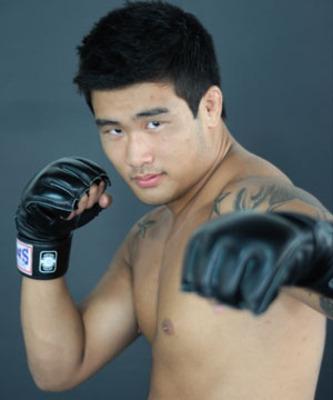 """Seung Ho  """"Tommy"""" Yang"""