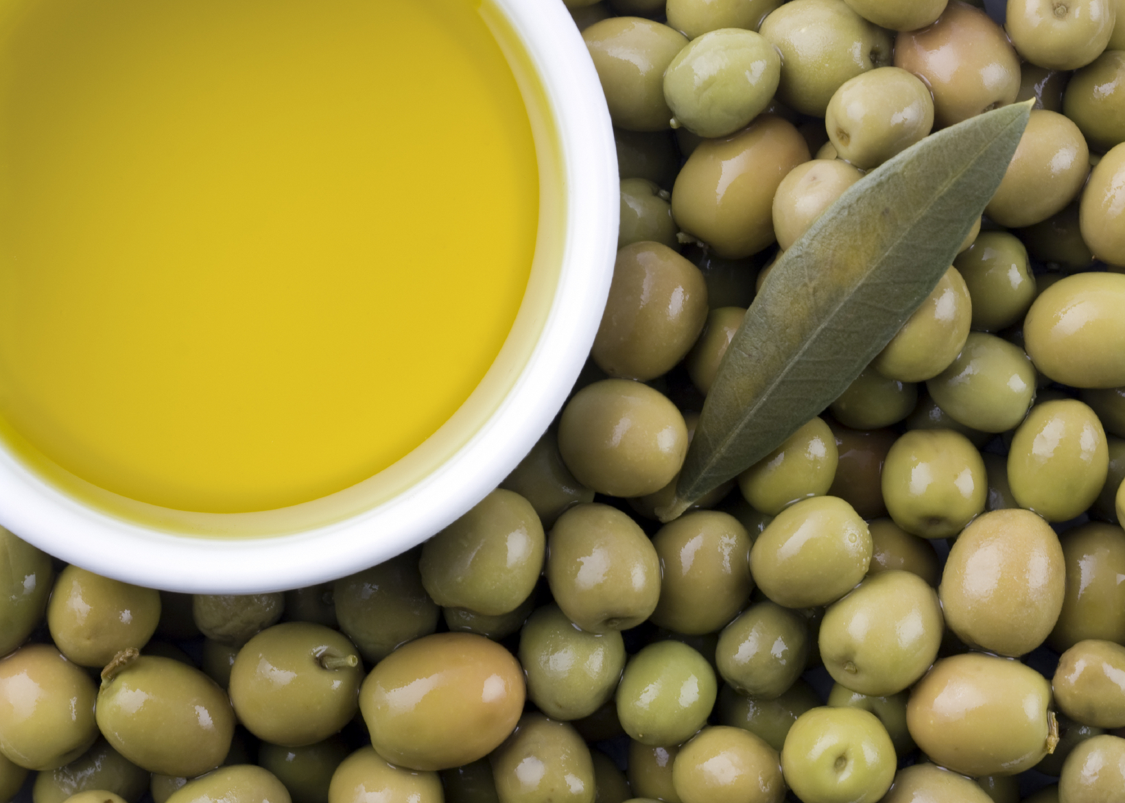 http://drjanet.tv/food/is-the-secret-to-olive-oil-in-its-scent/
