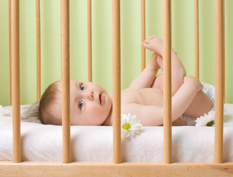 5 Must-Haves to Build a Non-Toxic Nursery