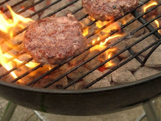 Changing Your Grilling Habits May Reduce Your Risk For Colon Cancer