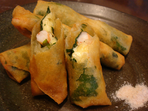 Delicious Yakuzen Medicinal Cuisine! Plump Shrimp and Cheese Spring Rolls