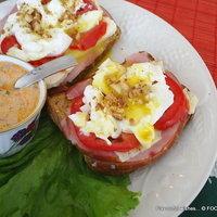 Eggs Benny Ham Benedict -- special sauce Recipe