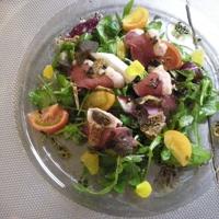 Insalata di anatra affumicata con tartufo nero fichi secchi e arancia Recipe