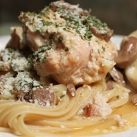 Chicken in White Wine with Mushrooms on a bed of Linguine Recipe
