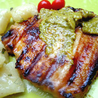 Pork chops with thyme and pesto Recipe