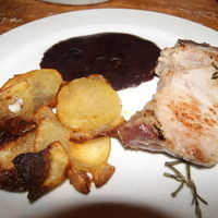 Italian Pork Chop with Red Wine Sauce and Parmesan Crusted Potatoes Recipe