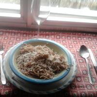 ESPAGUETIS CON VINO TINTO CON queso picante Recipe