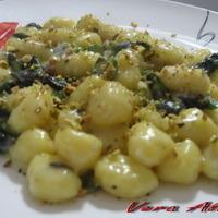 Gnocchi di Patate con Gorgonzola, Asparagi e Pistacchi Recipe