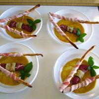 involtini di bresaola con crema di peperone e pomodoro fresco al basilico Recipe