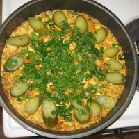 Мясо тушеное с фасолью и солеными огурцами Recipe