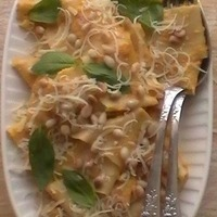 Home made pasta with pumpkin sauce Recipe