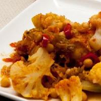Cauliflower, chickpea and savoy cabbage curry Recipe