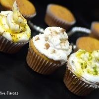 http://onecreativekitchen.blogspot.com/2011/01/saffron-almond-pistachio-cupcakes.html Recipe