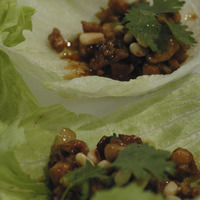 MINCED CHICKEN & LAP CHEUNG IN LETTUCE CUPS Recipe