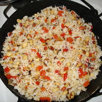 Rice with bell pepper and peanuts Recipe