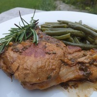 Pork chops in aromatic beer sauce Recipe