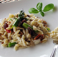 Cold Asparagus Orzo Salad Recipe