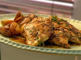 Herb-Marinated Grilled Chicken Paillards with Pan Sauce