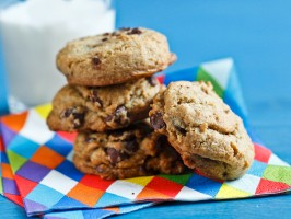 Whole-Grain Chocolate Chip Cookies