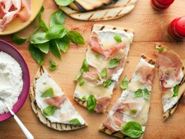 Italian Flatbread (Piadina) with Fontina and Prosciutto