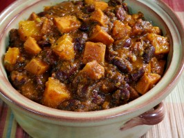 Kidney Bean Stew with Sweet Potatoes and Oranges