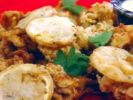 Fried Ipswich Clams with Fried Lemons