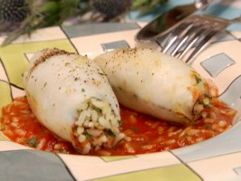Stuffed Squid: Kalamarakia Yemista