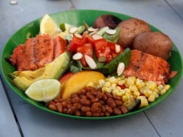 Honey Black Pepper-Glazed Salmon with Spinach Nectarine Salad, Steamed Potatoes and Organic Sweet Corn
