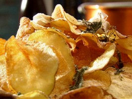 Kettle Chips with Parmesan and Herbs