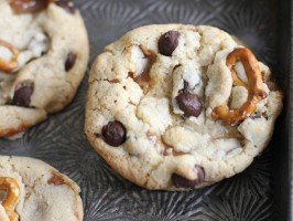 Broken Pretzel and Caramel Chocolate Chip Cookies
