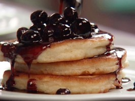 Cakey Buttermilk Pancakes